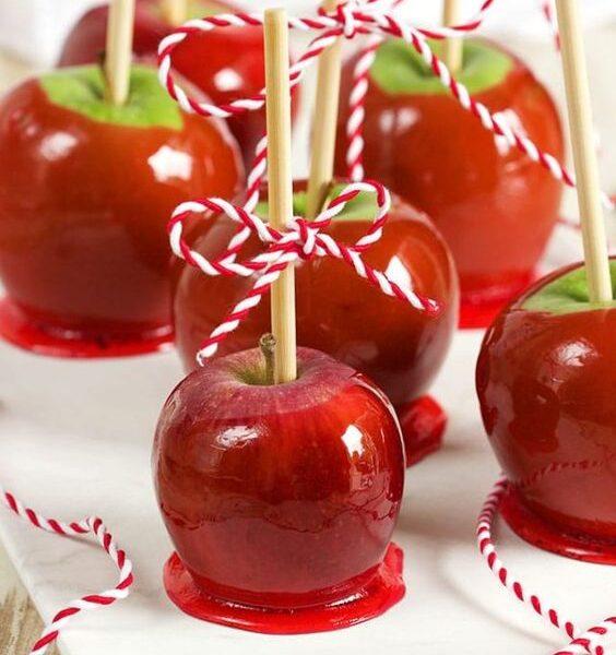 Toffee apple: rossa, invitante e stregata!